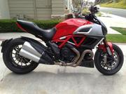 2011 Ducati Diavel Red. 2167 miles.